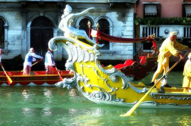 Venice Historical Regatta: enjoy this traditional rowing event